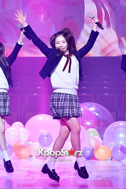 Woollim Entertainment's New Girl Group Lovelyz Attends the Debut Showcase (Performance)key=>34 count40