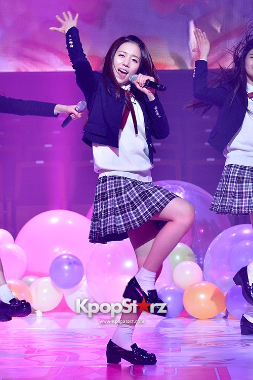Woollim Entertainment's New Girl Group Lovelyz Attends the Debut Showcase (Performance)key=>35 count40