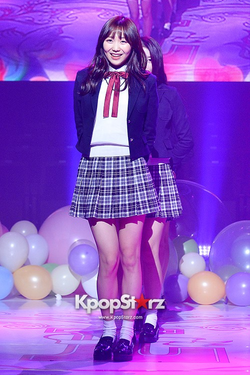 Woollim Entertainment's New Girl Group Lovelyz Attends the Debut Showcase (Performance)key=>39 count40