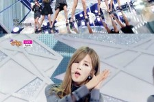 a pink comeback stage on show music core