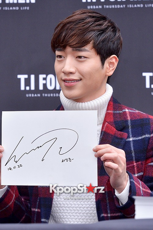 Seo Kang Joon at T.I. For Men Fan Signing Eventkey=>16 count23