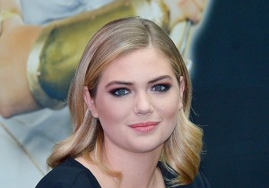Kate Upton, Official Publicity Model for MMORPG 'Game Of War' Attends Fan Signing Event