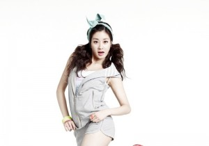 Kang Sora Shows off Her Preppy Look for K-Swiss