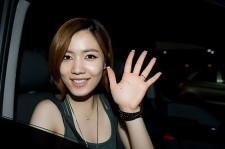 T-ARA Ex-Member Hwayoung Gains Support from Male Fans