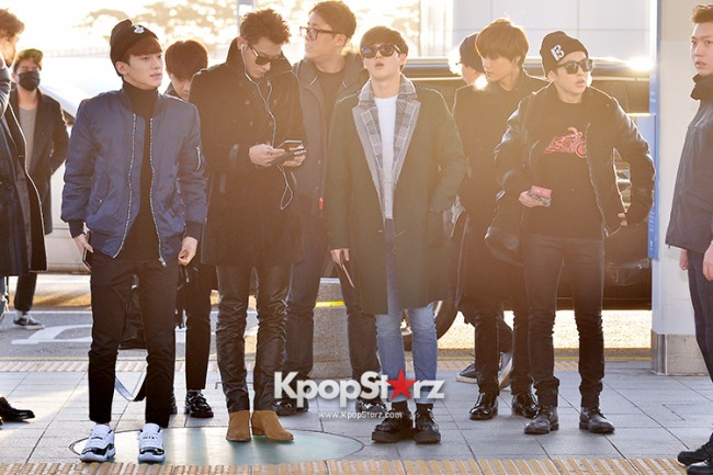 EXO at Incheon International Airport Leaving for 2014 MAMA in Hong Kong key=>12 count22