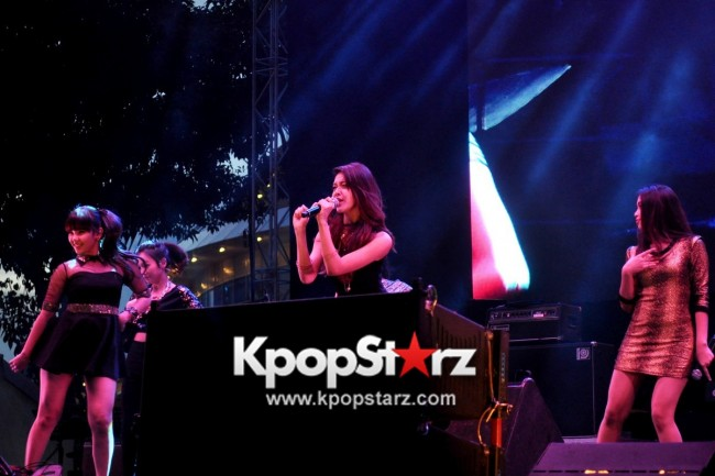 Asia's Musical Talent Cross Gene, Weaver, Kanika Kapoor, Kate Tsui, Olivia Ong, Pupil, Chang Zheng Yue And More Rock Singapore At Skechers Sundown Festival [PHOTOS]key=>9 count88