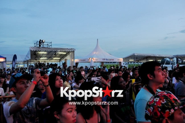 Asia's Musical Talent Cross Gene, Weaver, Kanika Kapoor, Kate Tsui, Olivia Ong, Pupil, Chang Zheng Yue And More Rock Singapore At Skechers Sundown Festival [PHOTOS]key=>8 count88