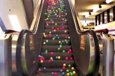 Balls Running On Escalator Are Strangely Mesmerizing