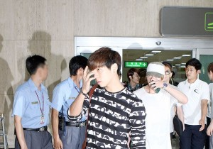 SHINee's Outstanding Airport Fashion at Kimpo after 'SMTOWN Live Tour in Tokyo'