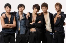 Interesting Change on SM Official Japanese Website, TVXQ to Hold Reunion with All 5 Members?