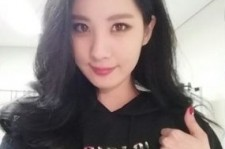 seohyun thumbs up after tokyo dome
