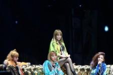 2NE1's Powerful Performance Shocked America