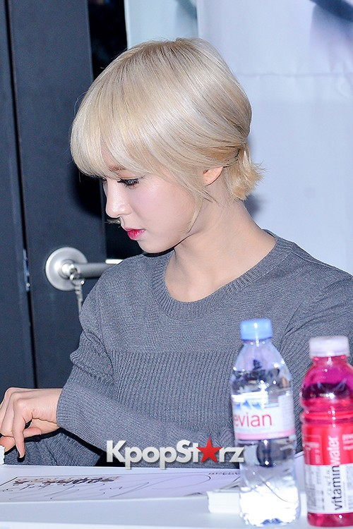 AOA at SBENU Fansign Event key=>5 count27