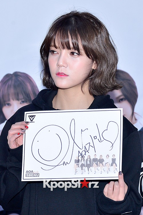 AOA at SBENU Fansign Event key=>17 count27
