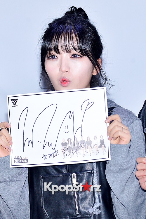 AOA at SBENU Fansign Event key=>23 count27