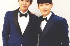 Group ZE:A's member Kwanghee revealed a picture with member Im Siwan.