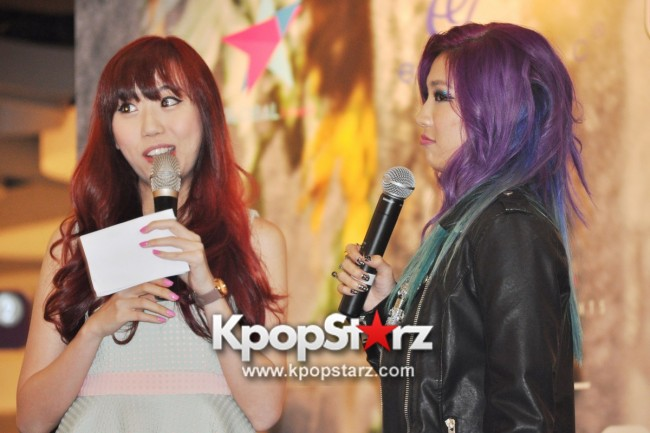 "Ferlyn G Launches Her ""First"" Solo Chinese EP In Singapore And Successfully Holds Fansign [PHOTOS] key=>5 count19"