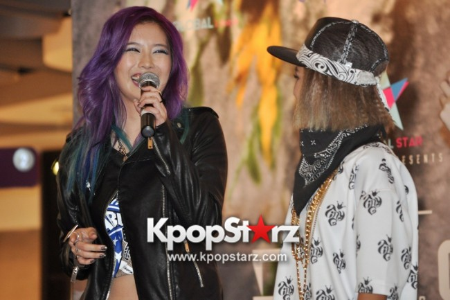 "Ferlyn G Launches Her ""First"" Solo Chinese EP In Singapore And Successfully Holds Fansign [PHOTOS] key=>8 count19"