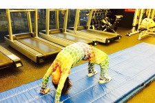 2NE1 Dara Backbend