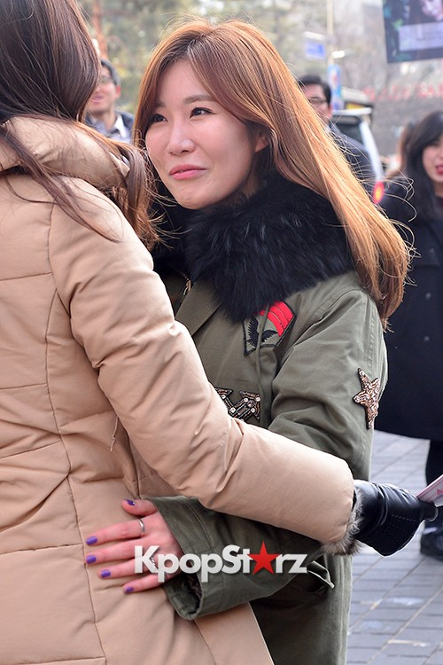 Davichi Holds a Free Hug Event at Myeongdong key=>3 count12