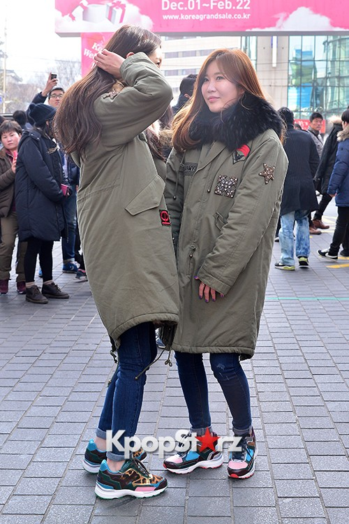 Davichi Holds a Free Hug Event at Myeongdong key=>8 count12