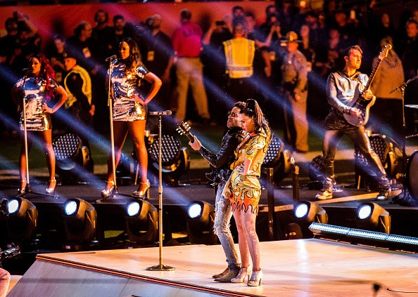 Katy Perry Super Bowl 2015 Half Time Performance Upclose [Photo Gallery]key=>8 count20