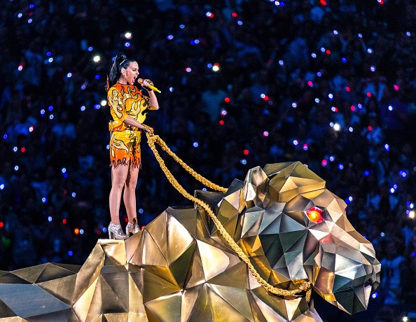 Katy Perry Super Bowl 2015 Half Time Performance Upclose [Photo Gallery]key=>0 count20