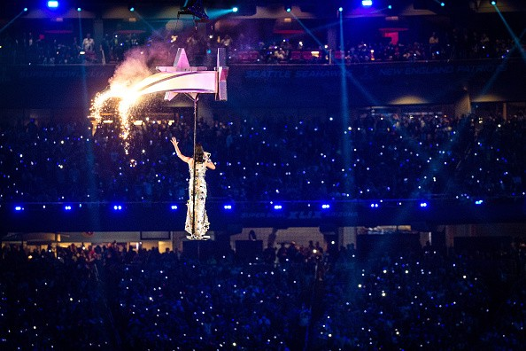 Katy Perry Super Bowl 2015 Half Time Performance Upclose [Photo Gallery]key=>17 count20