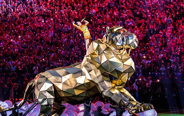 Katy Perry Super Bowl 2015 Half Time Performance Upclose [Photo Gallery]key=>4 count20
