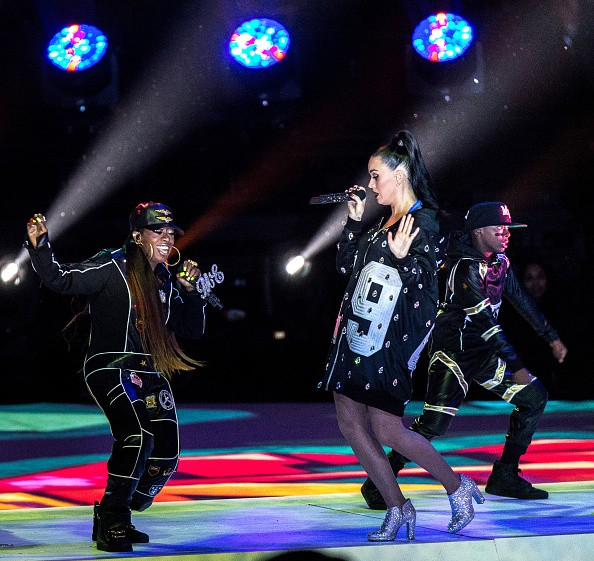 Katy Perry Super Bowl 2015 Half Time Performance Upclose [Photo Gallery]key=>13 count20