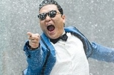 Psy's Backstage Interview Featured as Headline on MTV's Homepage