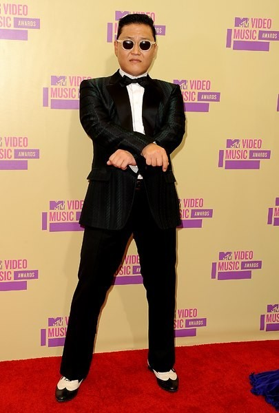 'Gangnam Style' Psy Showed Off at World's Largest Music Event 'MTV VMA'key=>3 count7