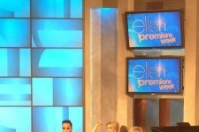 "Psy Appears on ""The Ellen Show"" Along with Britney Spears"