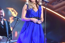 Carrie Underwood in December 2014 [PHOTO]