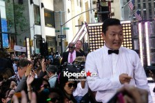 Psy's Upclose Photo Rocking the Plaza on NBC's 'Today' Show in NYC