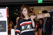 4Minute's Hyun-A with Cute Hair at Fansign Event for HAZZY'S Accessories 2012 F/W New Collection