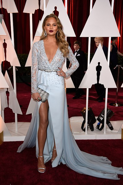 Chrissy Teigen at the Oscars 2015key=>4 count5