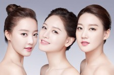 Rainbow's Woori, Jaekyung, and Seung Ah Are The Faces of Missha's Spring 2015 Collection