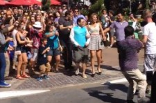 Hundreds of People Perform a Flash Mob in front of Psy in L.A.