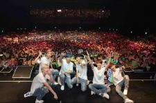 Boyfriend performing in Japan