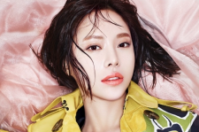 Hwang Jung Eum Burberry Make For W Korea March 2015