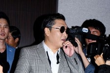 The Return of a World Star Psy at Press Conference in Korea