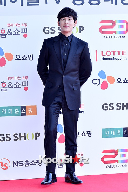ZE:A's Im Siwan at Cable TV Broadcast Awards Red Carpetkey=>6 count14