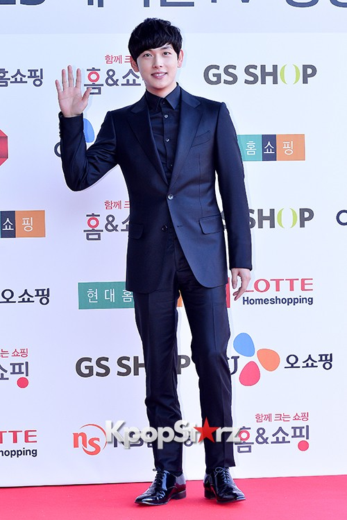 ZE:A's Im Siwan at Cable TV Broadcast Awards Red Carpetkey=>9 count14