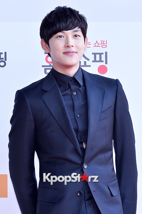 ZE:A's Im Siwan at Cable TV Broadcast Awards Red Carpetkey=>12 count14