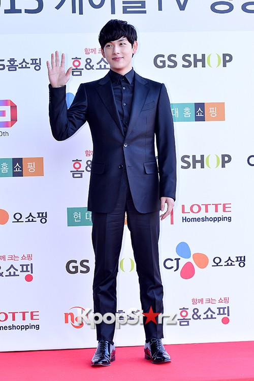 ZE:A's Im Siwan at Cable TV Broadcast Awards Red Carpetkey=>13 count14