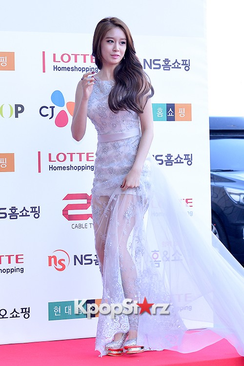 Tara's Jiyeon at Cable TV Broadcast Awards Red Carpetkey=>2 count17