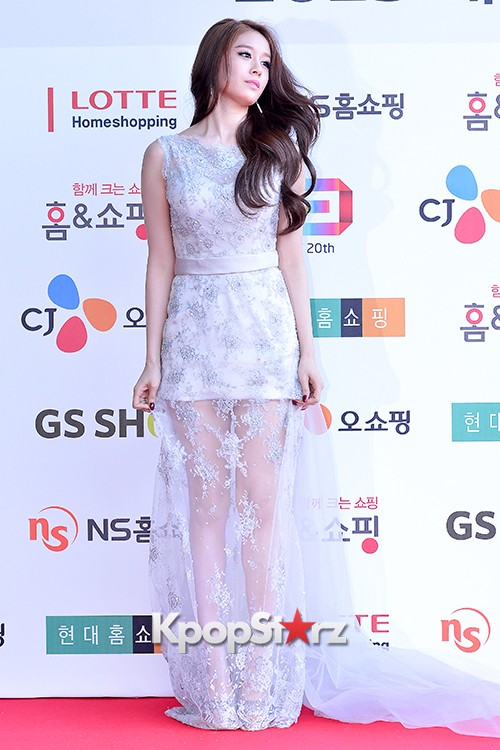 Tara's Jiyeon at Cable TV Broadcast Awards Red Carpetkey=>4 count17