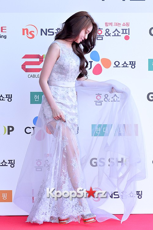 Tara's Jiyeon at Cable TV Broadcast Awards Red Carpetkey=>5 count17