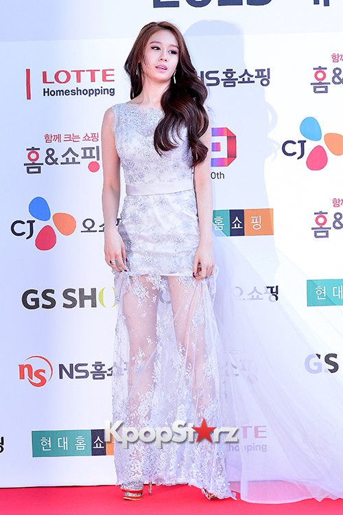 Tara's Jiyeon at Cable TV Broadcast Awards Red Carpetkey=>8 count17